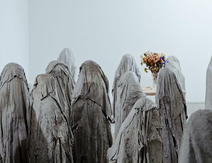 Generation of young sculptors as a distinct phenomenon