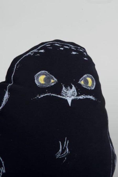 Cushion Black Owl. Photo by Pille Jüriso