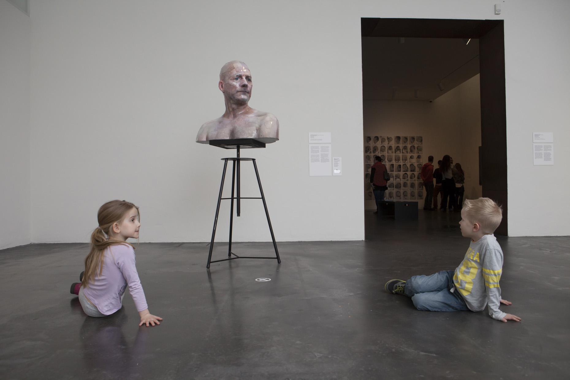 Kiasma, YTY, yleisötyö, lapsi, Kiasma-monsterin kierros> Saarikoski 2015